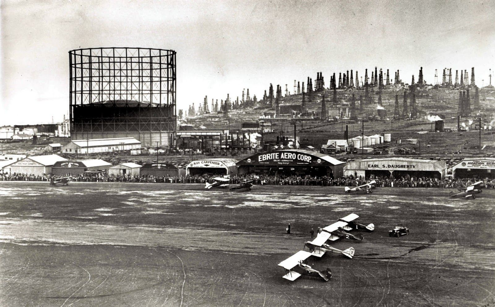 Long Beach Airport And Signal Hill (1927). Note The Gasometer Storage Tank  That Lasted Until The 1990s. | Old Long Beach | Pinterest | Long Beach And  ...