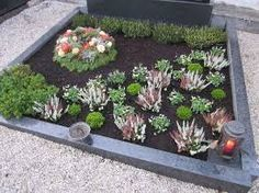 grabbepflanzung winter google suche grabgestalltung. Black Bedroom Furniture Sets. Home Design Ideas