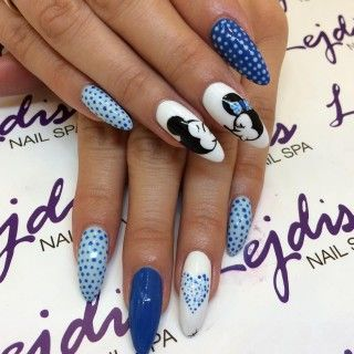 Myszka Miki Paznokcie Pinterest Manicure Nails I Nail Art