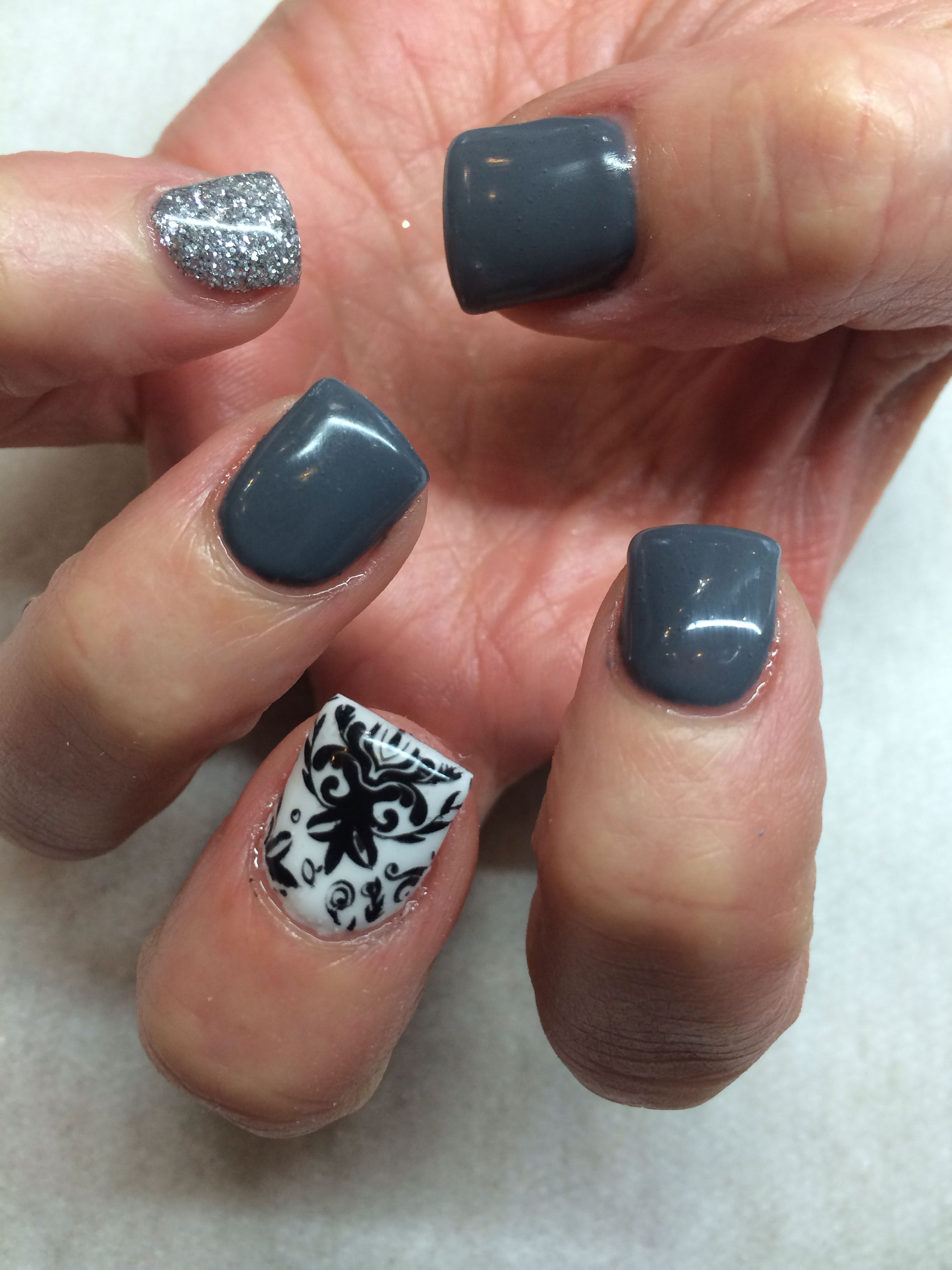 Gel nail designs . Grey and white, silver | girly stuff | Pinterest ...