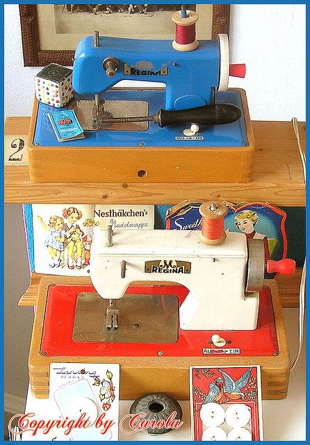 Vintage children's sewing machines....@Heather Creswell Jones Slikkers...for G. in a few more years. :-)