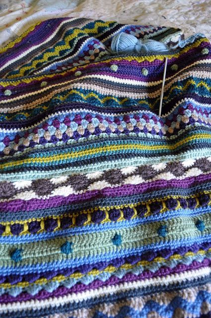 mixed crochet blanket ~ same idea as the other pins, but different colors. Very pretty.