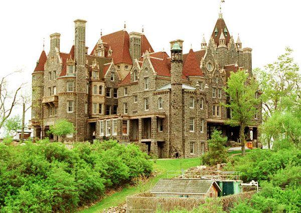 Boldt Castle Alexandria Bay New York Usa Boldt Castle Is A
