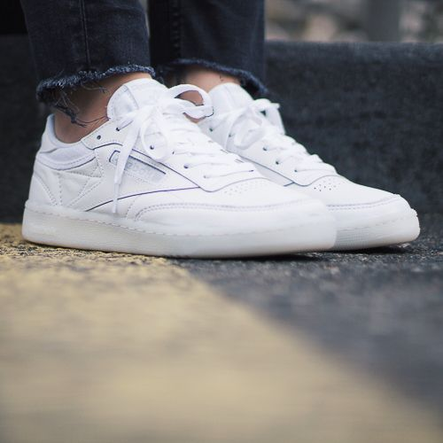 f43e06677a83c Reebok Classic - Club C 85 OTC white. Harper Store - Clothing   Sneakers.