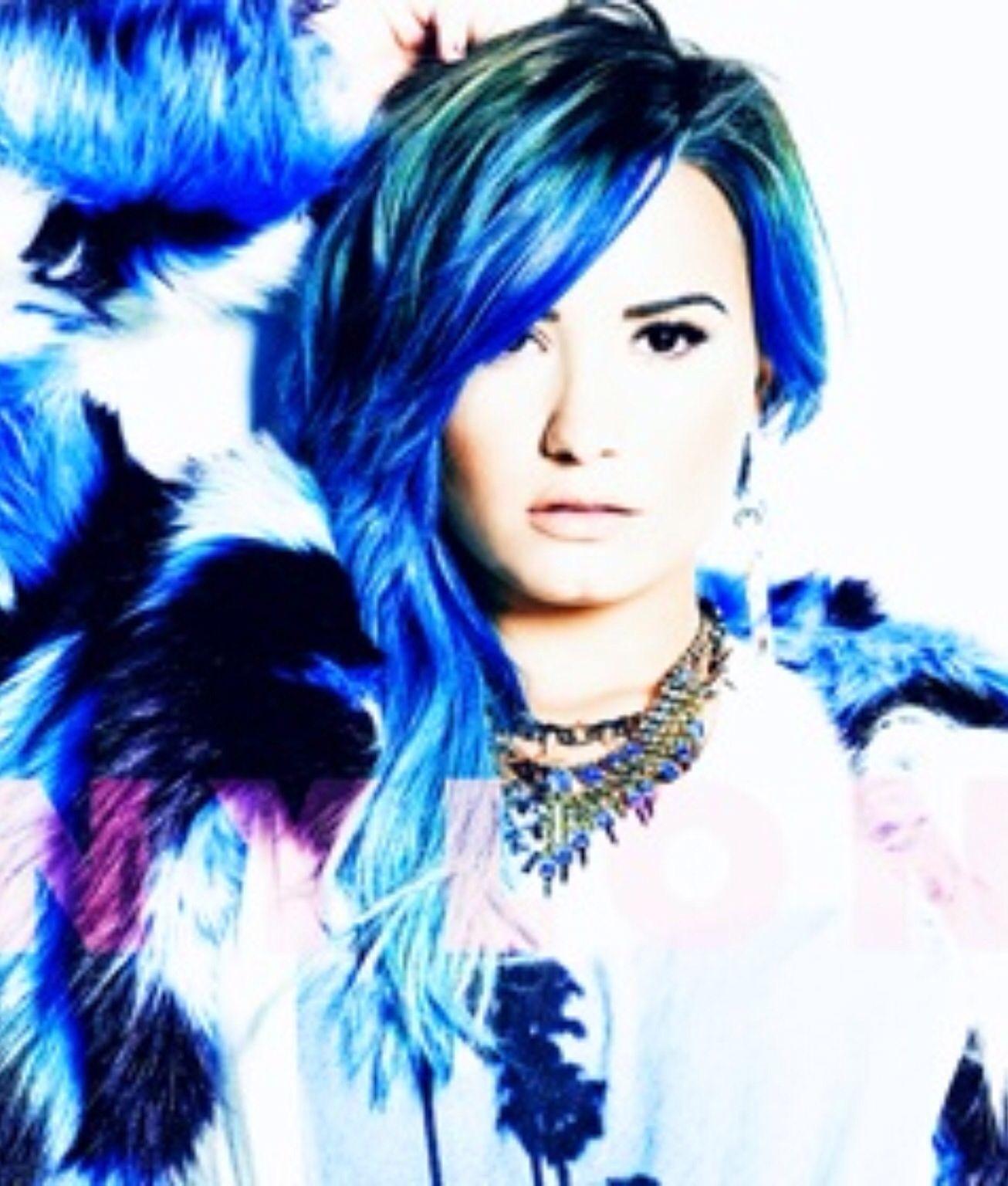 Pin By Dana Strauss On Demi Lovato Demi Lovato Blue Hair Demi
