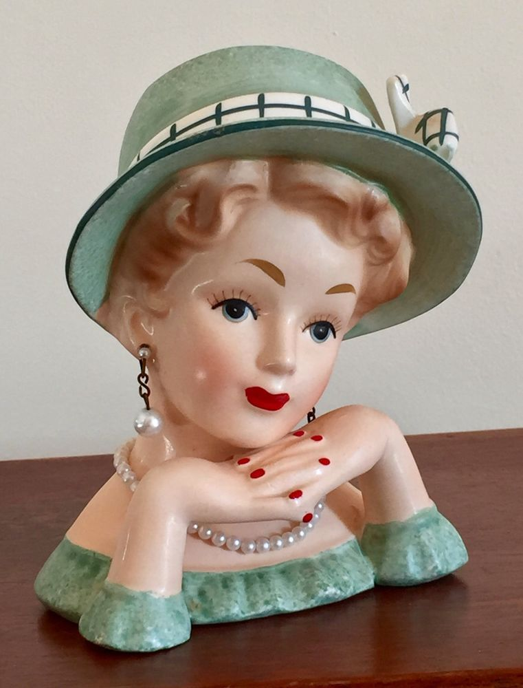 This Head Vase Is In Excellent Condition There Are No Chips No Cracks No Crazing And No Hairlines She Has Her Head Vase Ceramic Lady Heads Vintage Kitsch