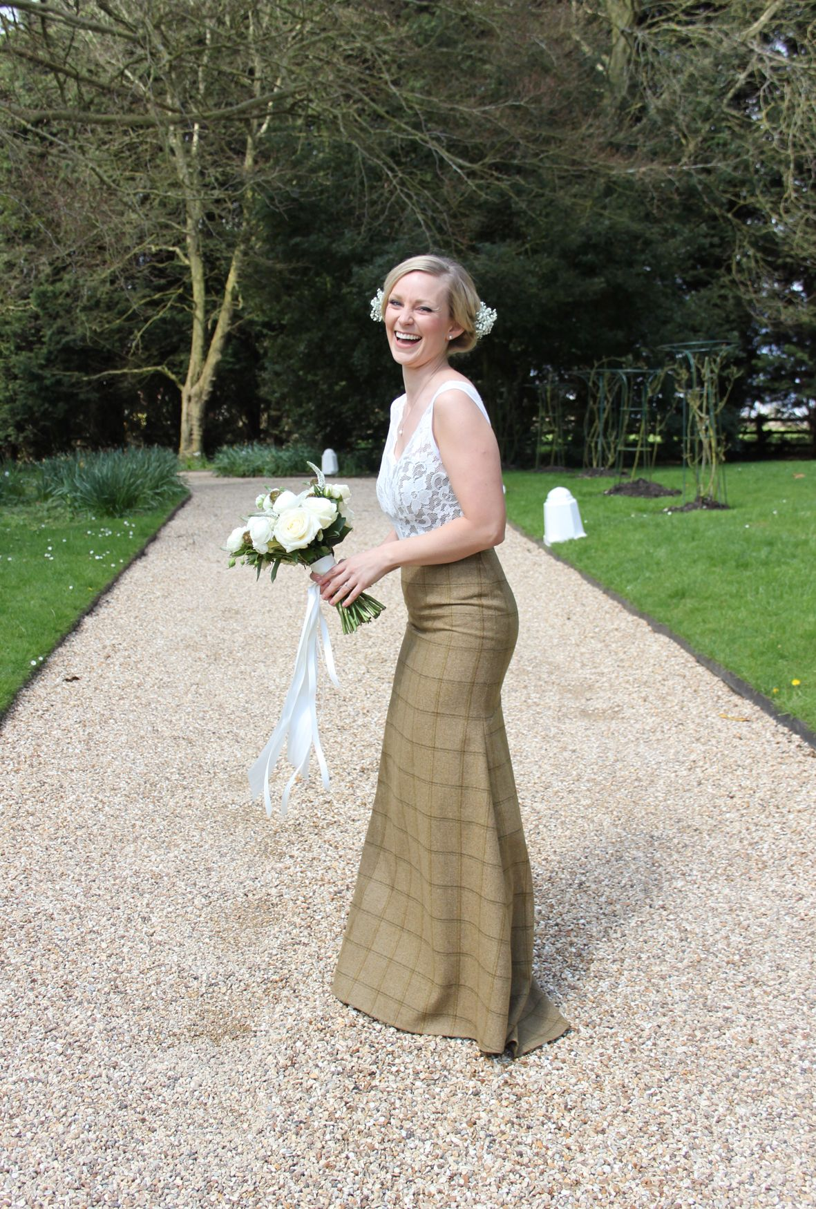 Our Gorgeous Aurora Tweed Wedding Dress 3 Http Www Timothyfoxx Co Uk Products Aurora Tweed Wedding Dress Tweed Wedding Wedding Dresses Sheath Wedding Dress