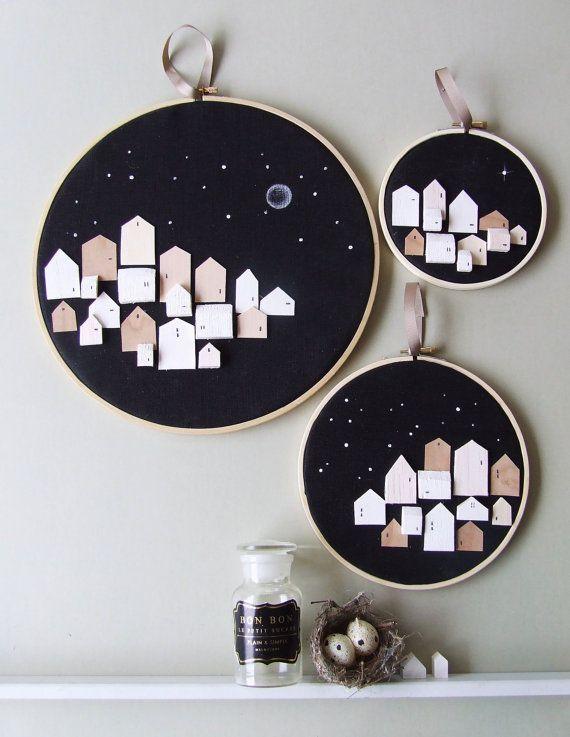 Ähnliche Artikel wie HERGESTELLT aus Sternen-3 - kleine Holzhäuser auf Hoop-Neutral neutrale Kunst Malerei drucken auf Etsy
