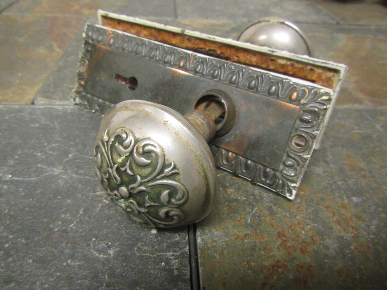Vintage Raised Design Metal Door Knobs With Decorative Door Plates *** Lot  1 By