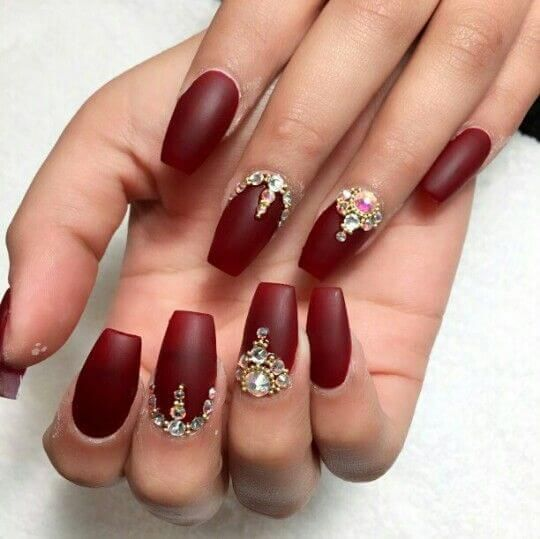 Try Out These Gorgeous Burgundy Nails | Prom nails, Bridal ...