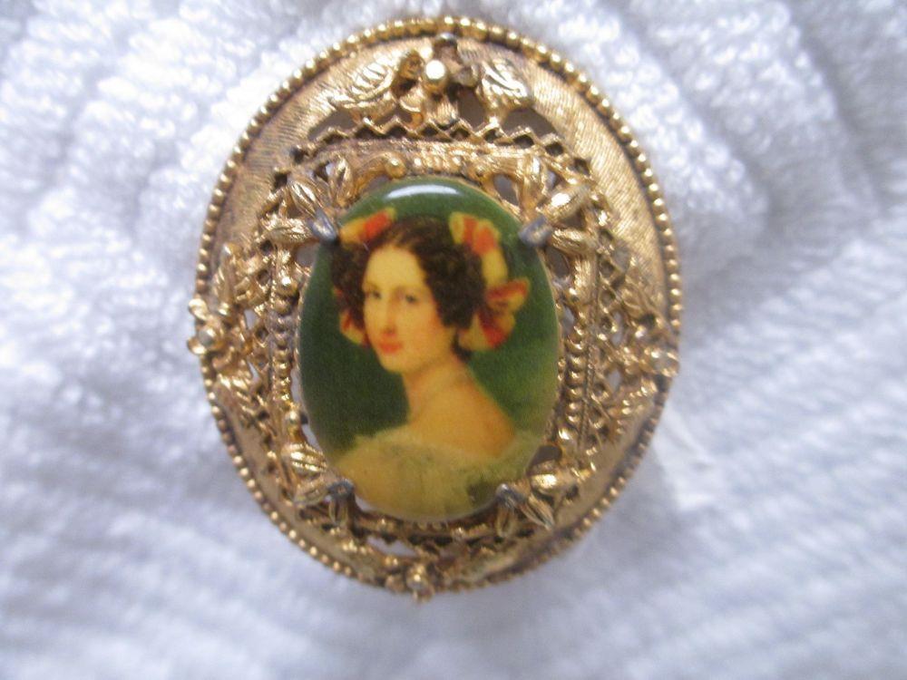 Vintage Florenza Victorian Lady Portrait Dome Pin Brooch Gold Tone Design #Florenza