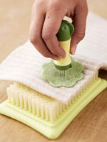 ❥ Learn How to Felt - Plus 5 home projects you can create using this technique.