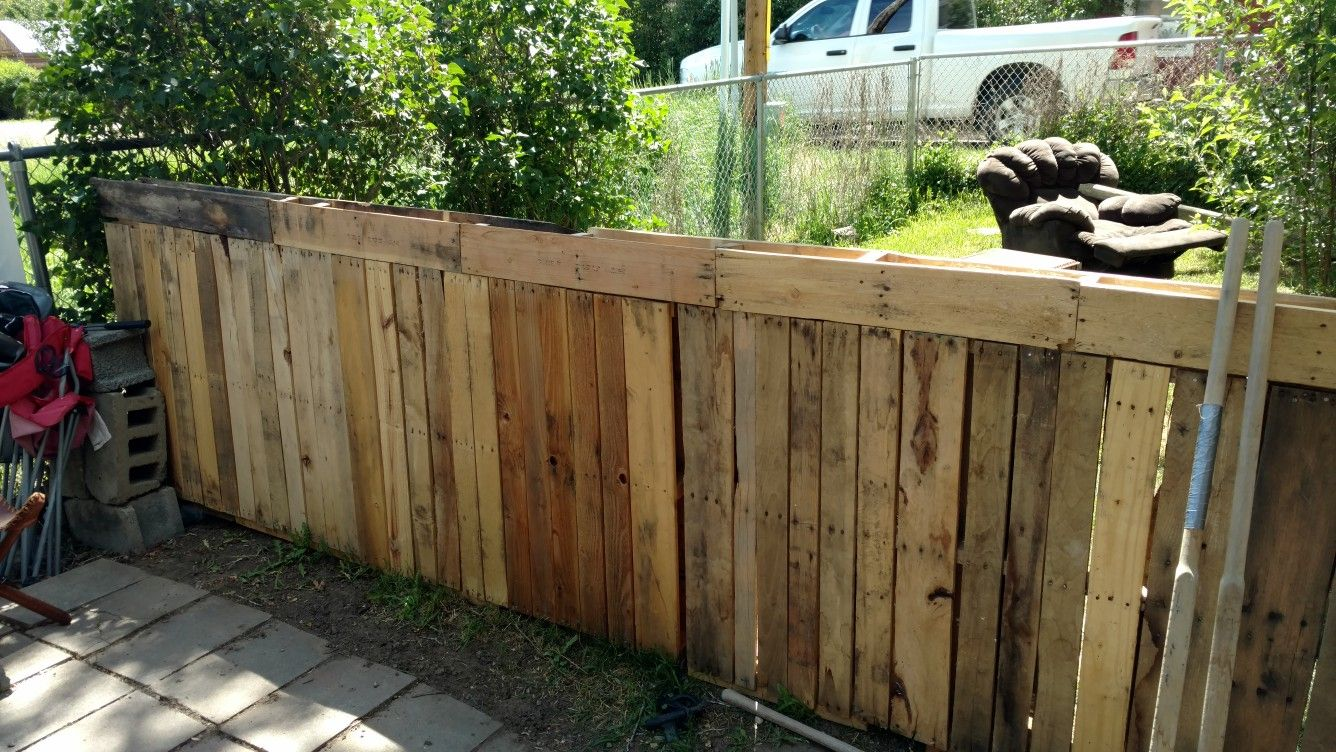Pin by scott hart on pallet fence pinterest
