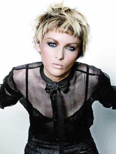 Épinglé par Kim Moreno sur Make up and hair Coupe de