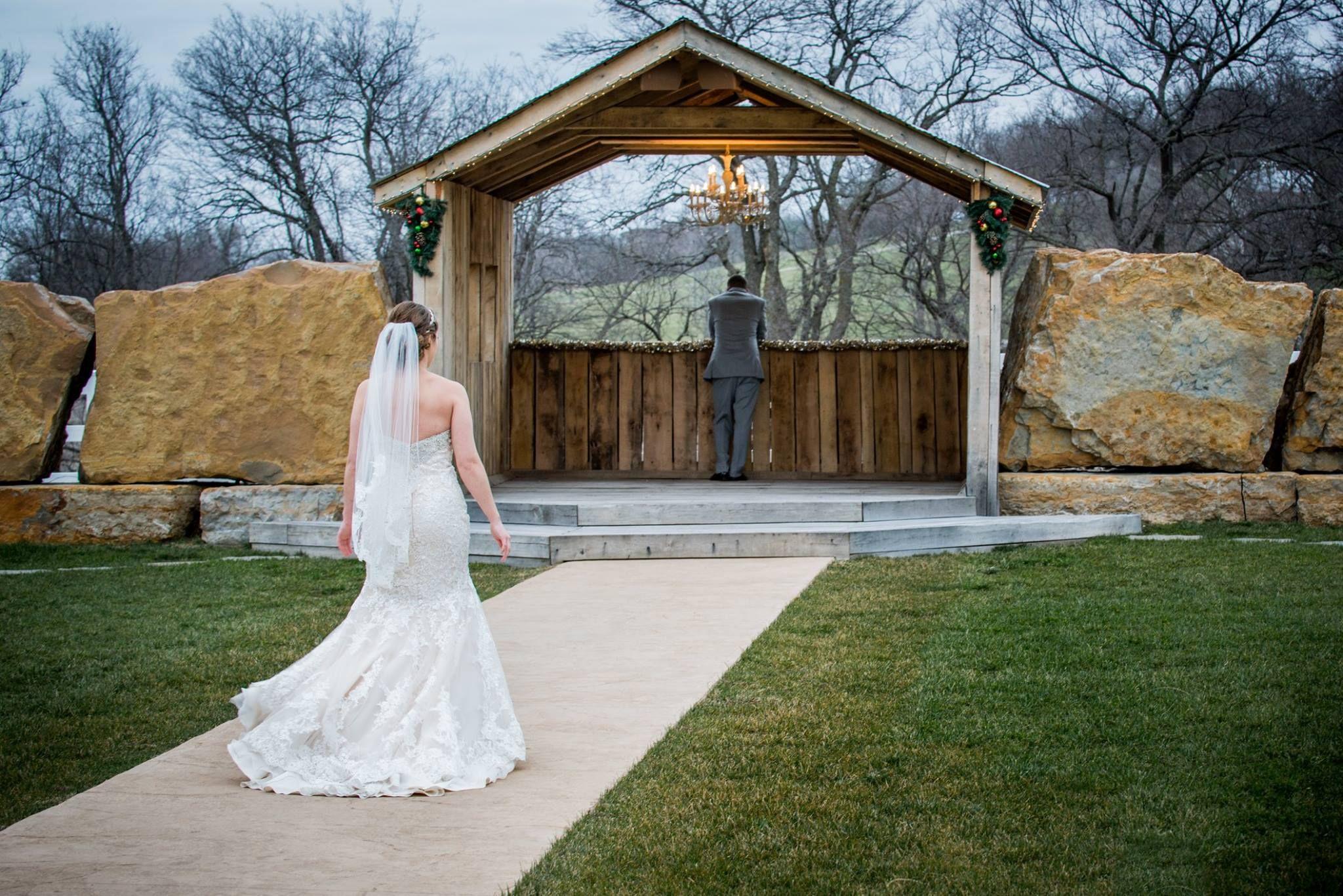 Madison drew 122015 berry acres outdoor wedding