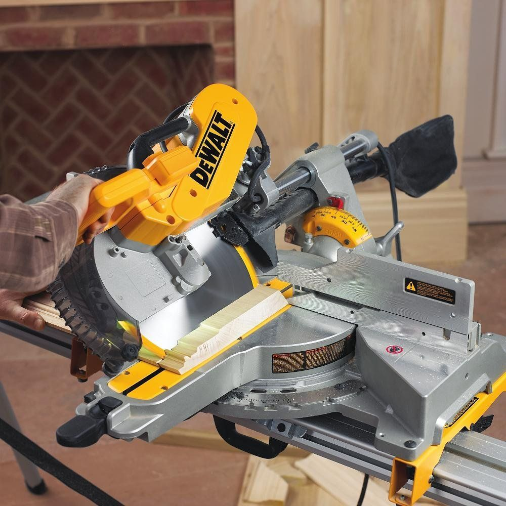 Dewalt Dws779 12 Sliding Compound Miter Saw Sliding Compound Miter Saw Miter Saw Reviews Compound Mitre Saw