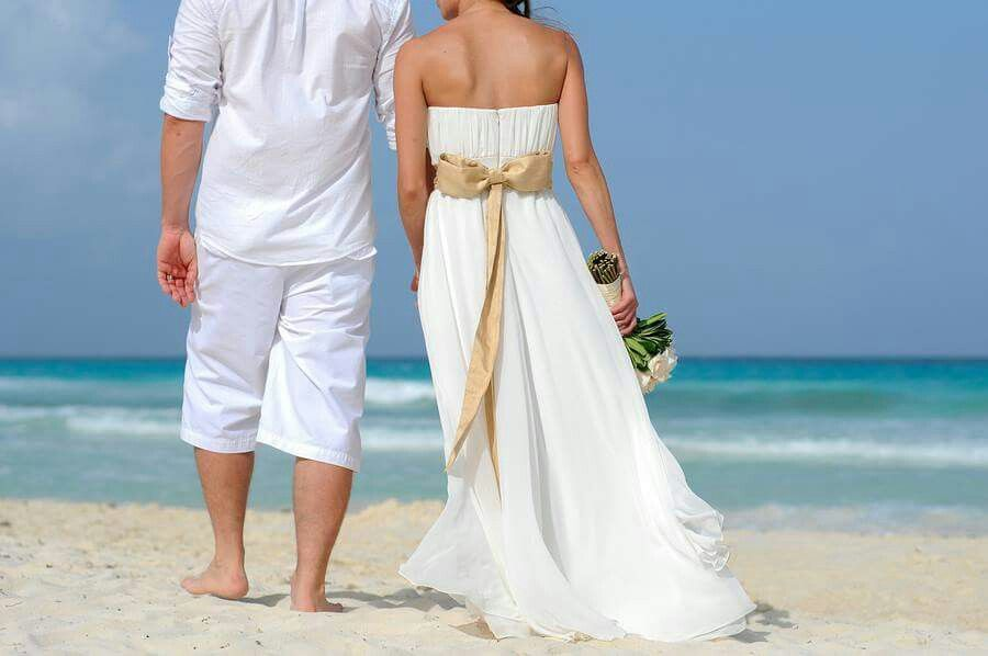 Getting #married or #renewingvows? The #beach is a great place for it!