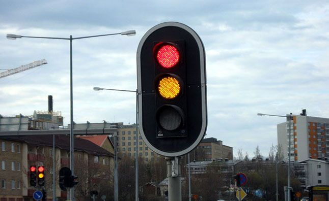 Running Yellow Lights Now Illegal In China Traffic Light Traffic Signal Unmanned Systems