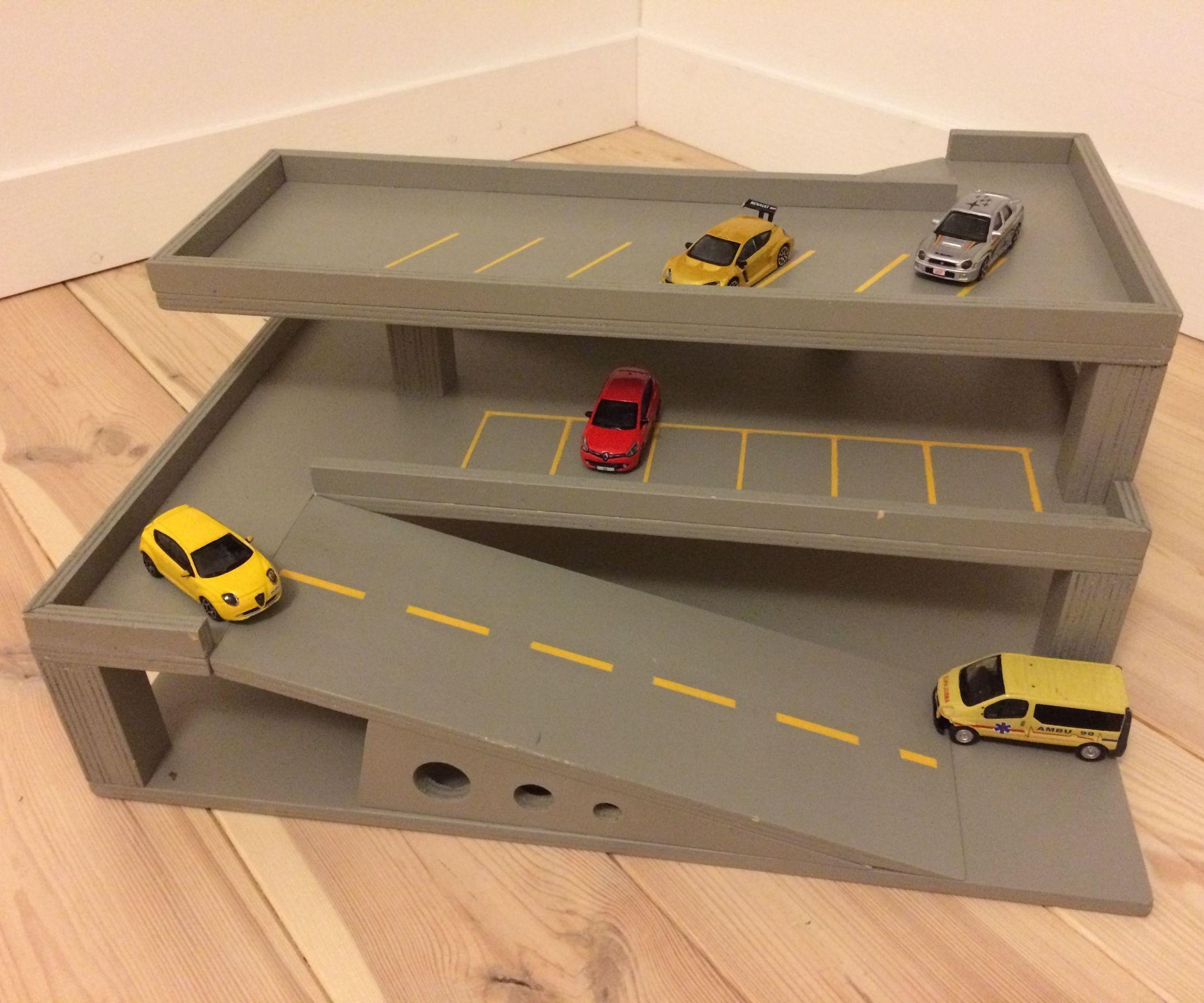 toy parking woodworking plans diy pinterest juguetes juguetes de madera y cart n. Black Bedroom Furniture Sets. Home Design Ideas