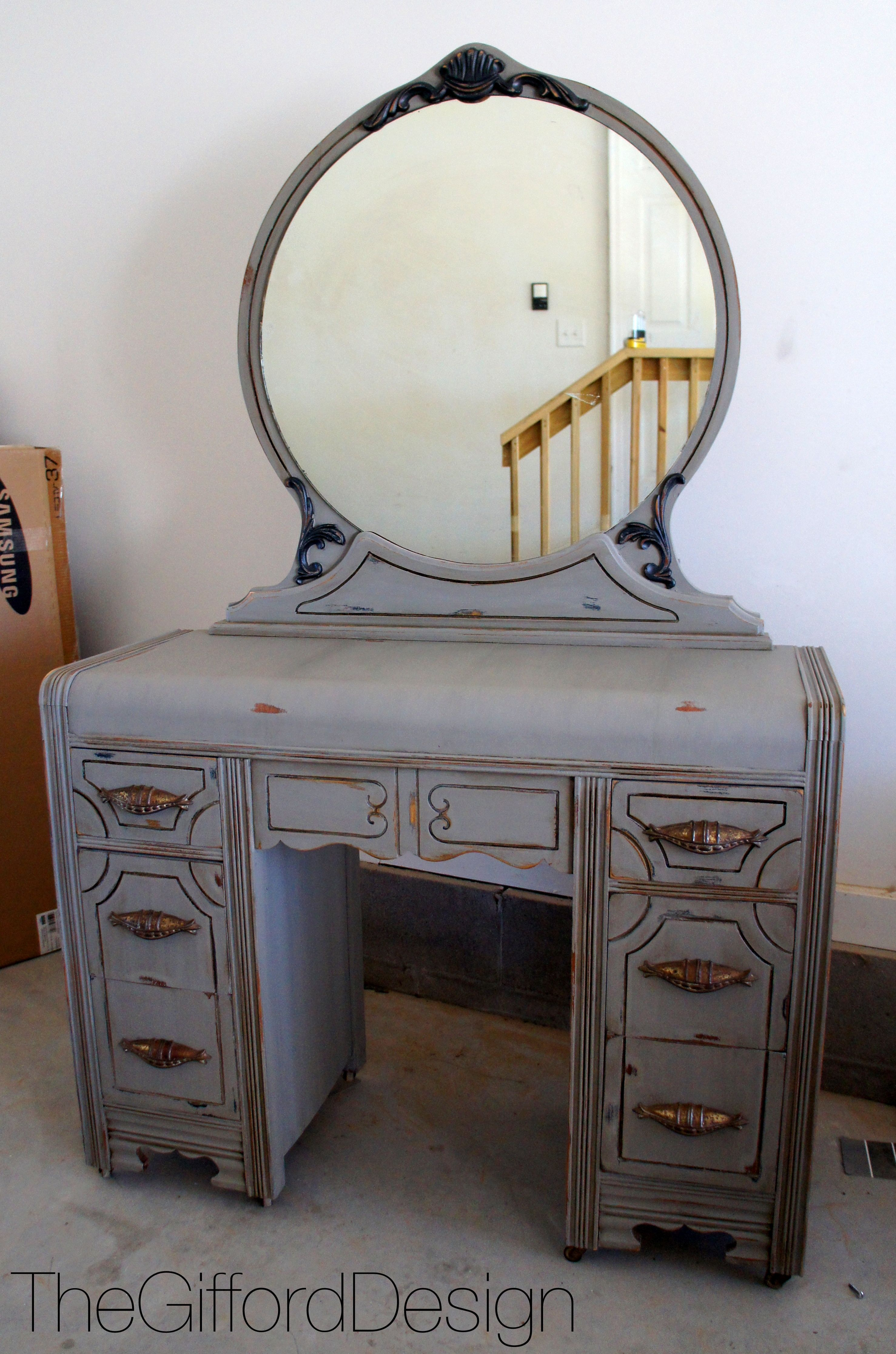 light table with maximum drawers ikea using lights perfect show way by furniture makeup and pin beauty vanity in