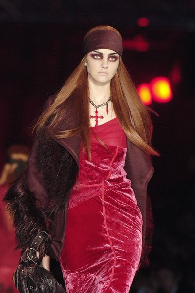 John Galliano for The House of Dior,   Autumn/Winter 2006, Ready to Wear