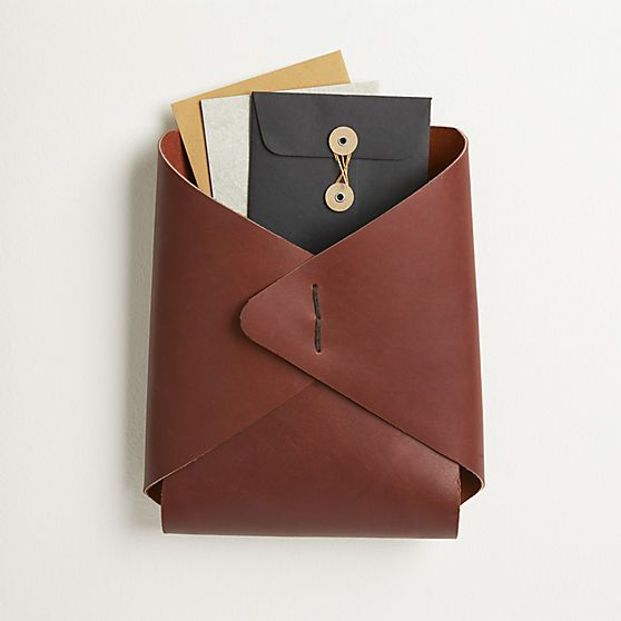 Leather Wall Mounted Catchall Cb2 Mesa Quiero List