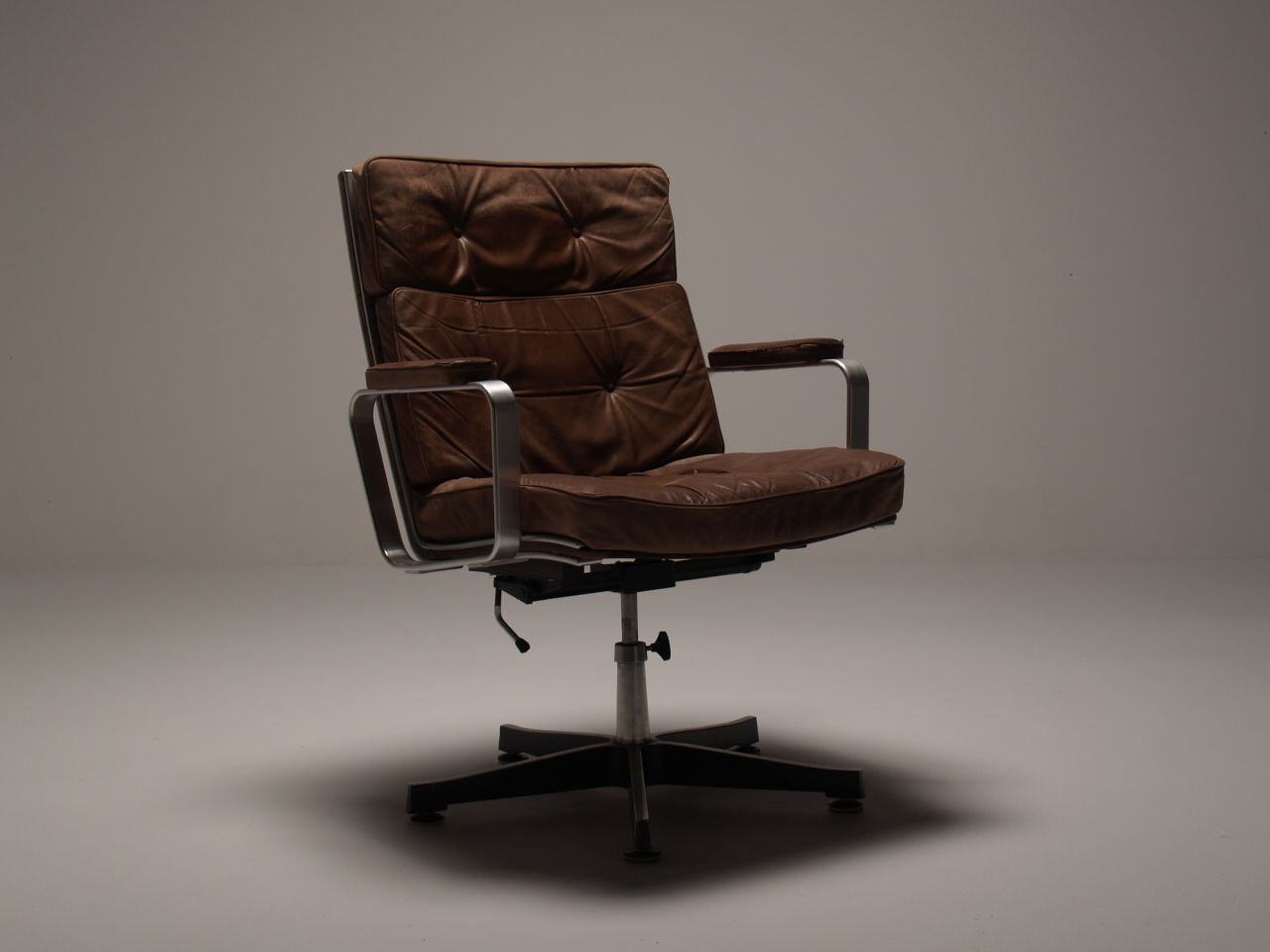 Scandinavian Vintage Office Swivel Chair In Brilliantly Worn And Retro Brown Leather With A Strong
