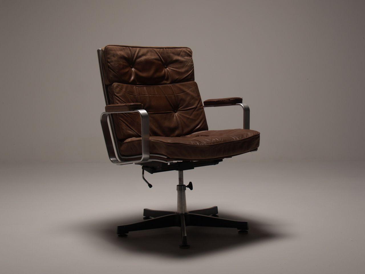 Mid Century Online    Swivel office chair Vintage