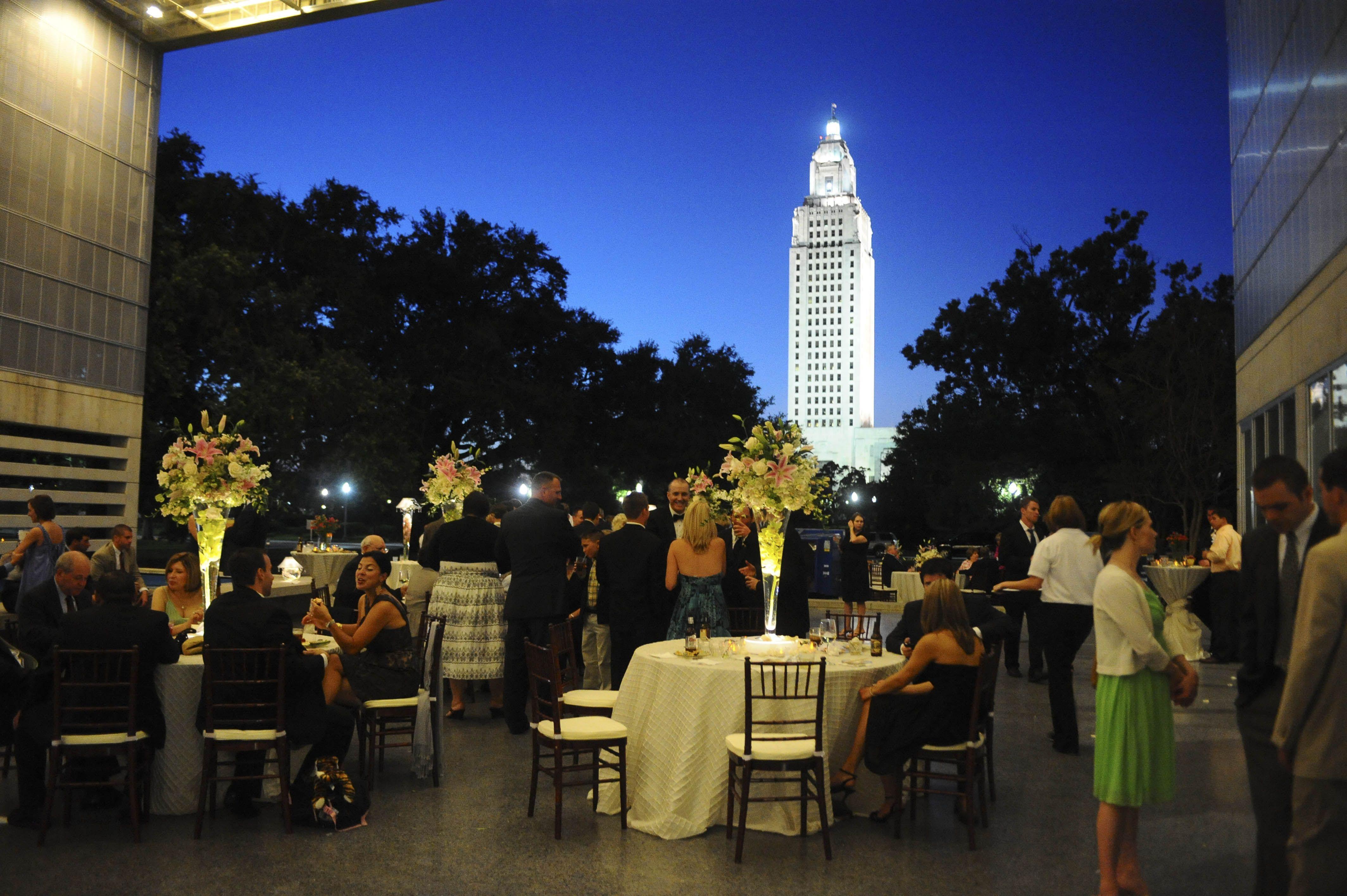 Outdoor dinner at Capitol Park Museum in Baton Rouge LA
