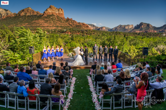 """In honor of #weddingwednesday a """"jaw dropping sedona wedding view""""! http://www.fromthedaisies.com/arizona-wedding-venues/10-sedona-wedding-venues-with-jaw-dropping-views #loveatlauberge #spiritsong #redrockview #azweddings"""