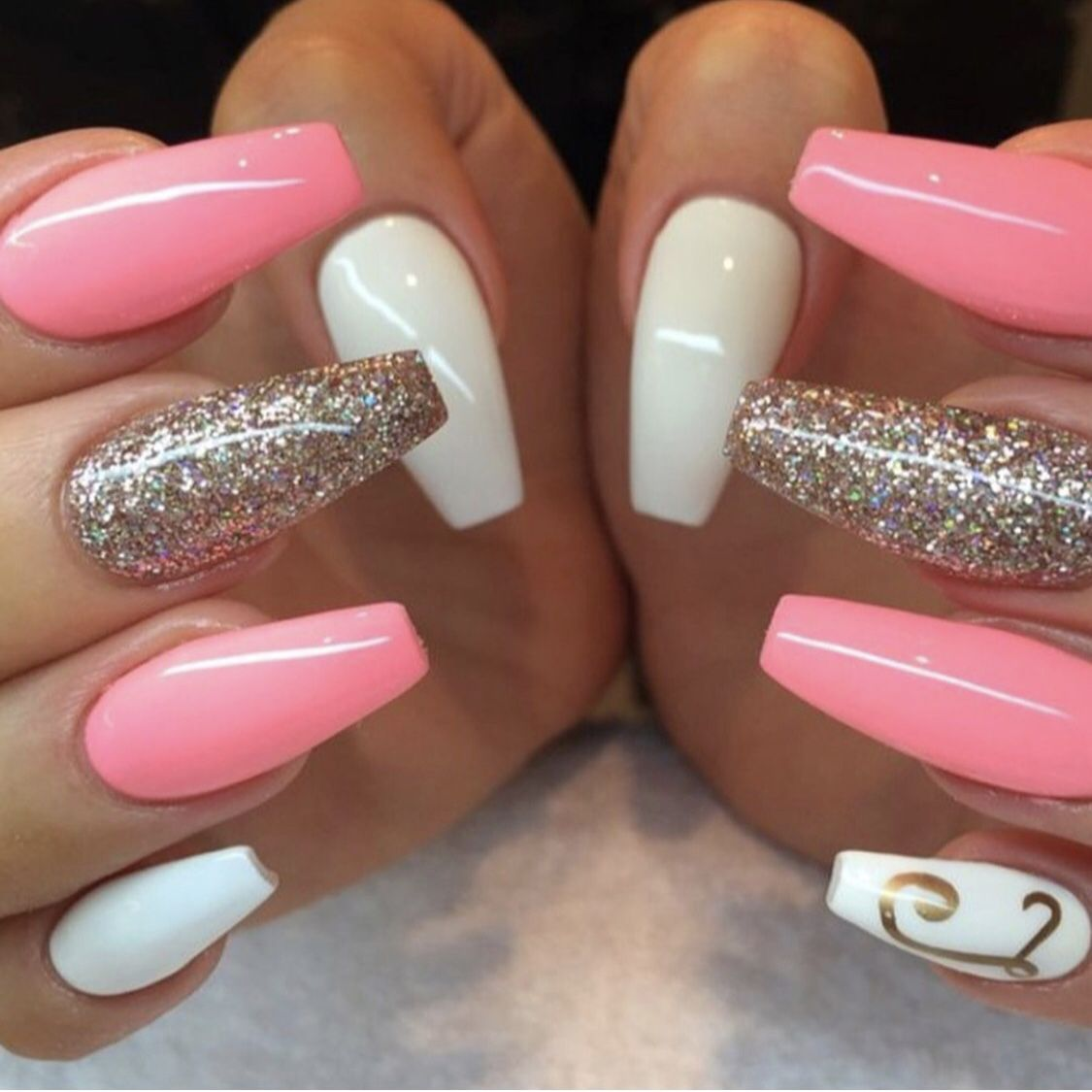 Pink And White Nails With Glitter With A Letter On Pinky Nail White Acrylic Nails Peach Nails Gold Nails