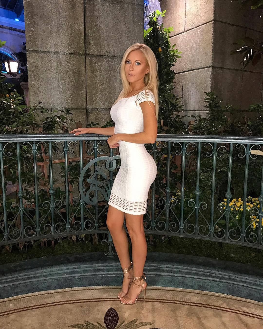 Longlegsandshortskirts photo dress fetish pinterest blondes