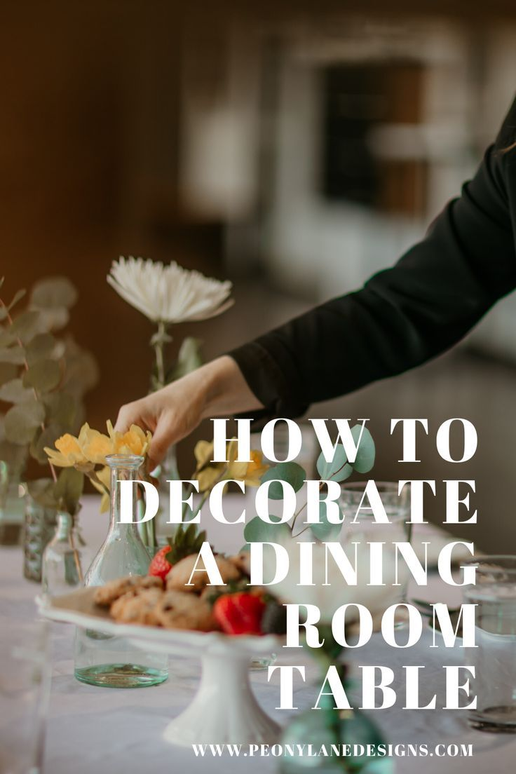 Regardless if you're setting your table for a family of three or a part of twelve a few details can make a huge difference. #tablescape #tabledecor #tabledecorations #diningtable #diningtabledecor .