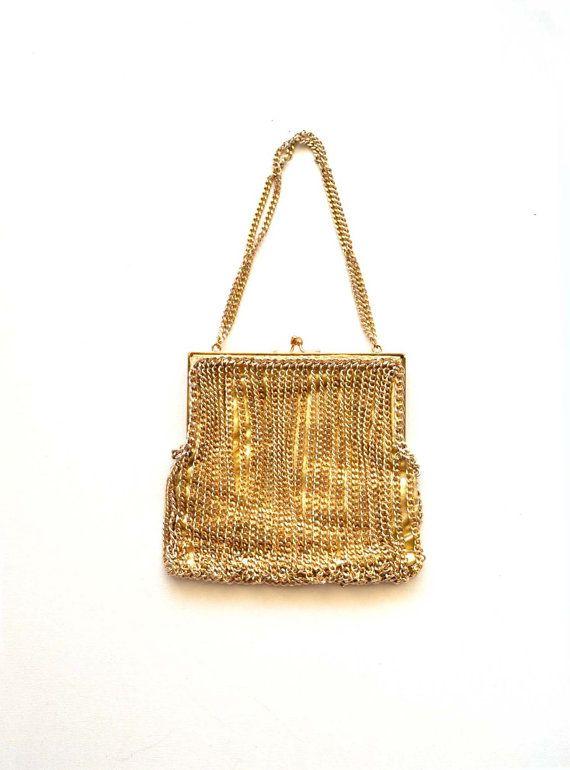 Vintage 60s 70s Gold Metallic Disco Mesh Chain Clutch Bag    Gold Glam  Chain Purse    Coin Pouch Han ea535ae0cd7be