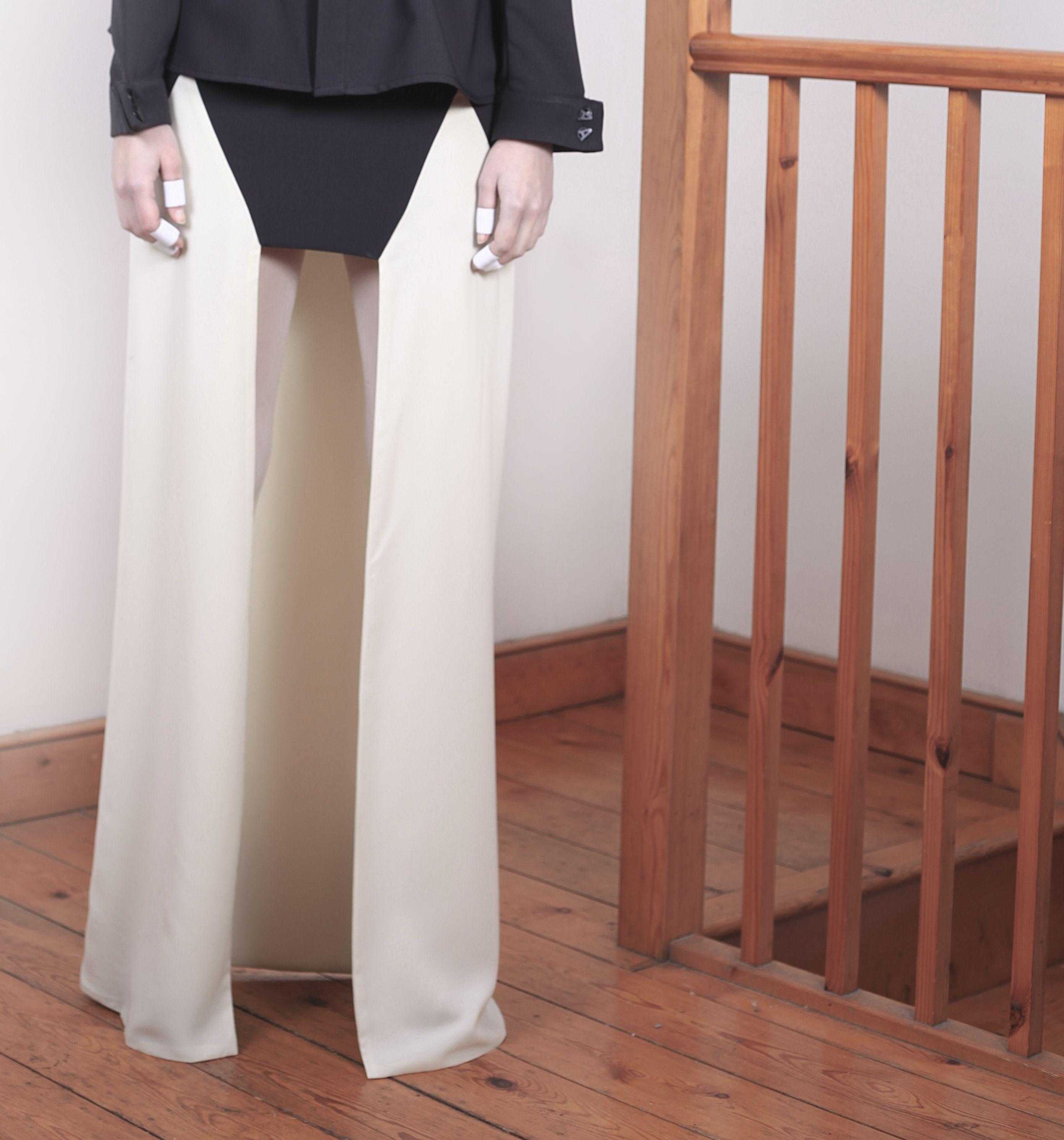 VVHATIF AVV13 'A for Aloysius'  VVOMAN 1 - graphic gap skirt  Like us on facebook