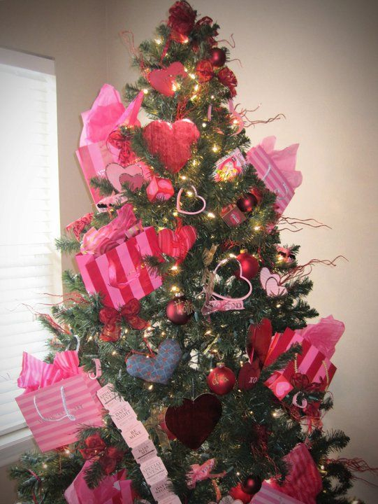 instead of taking down your christmas tree just decorate it for each holiday yes 0 - When To Take Down Christmas Decorations