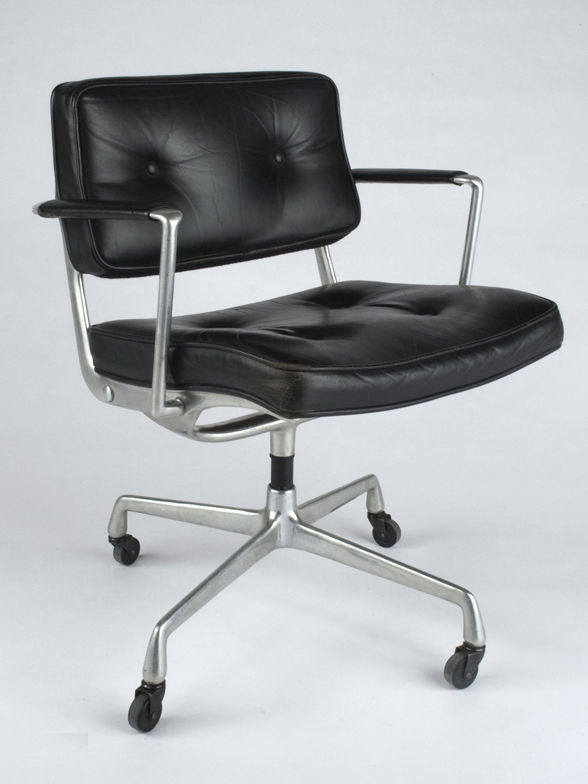 Vitra The Chair In Charles Eames Office In 2020 Vintage Eames Eames Office Chair Eames Furniture