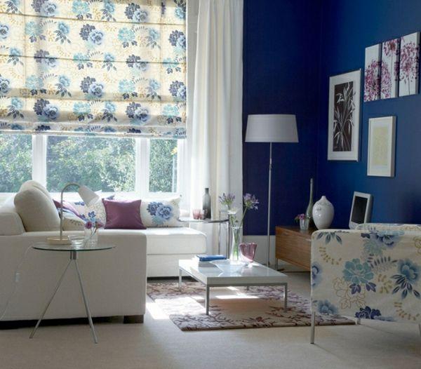 wohnzimmer gestaltung mit bunten gardinen und bilder an der wand - wohnzimmergestaltung