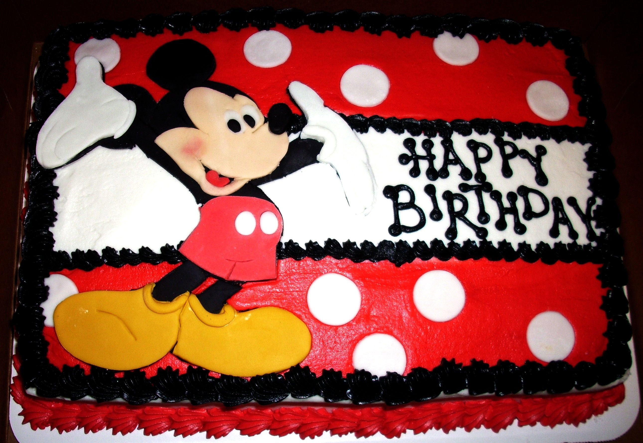 how to make a mickey mouse cake with icing
