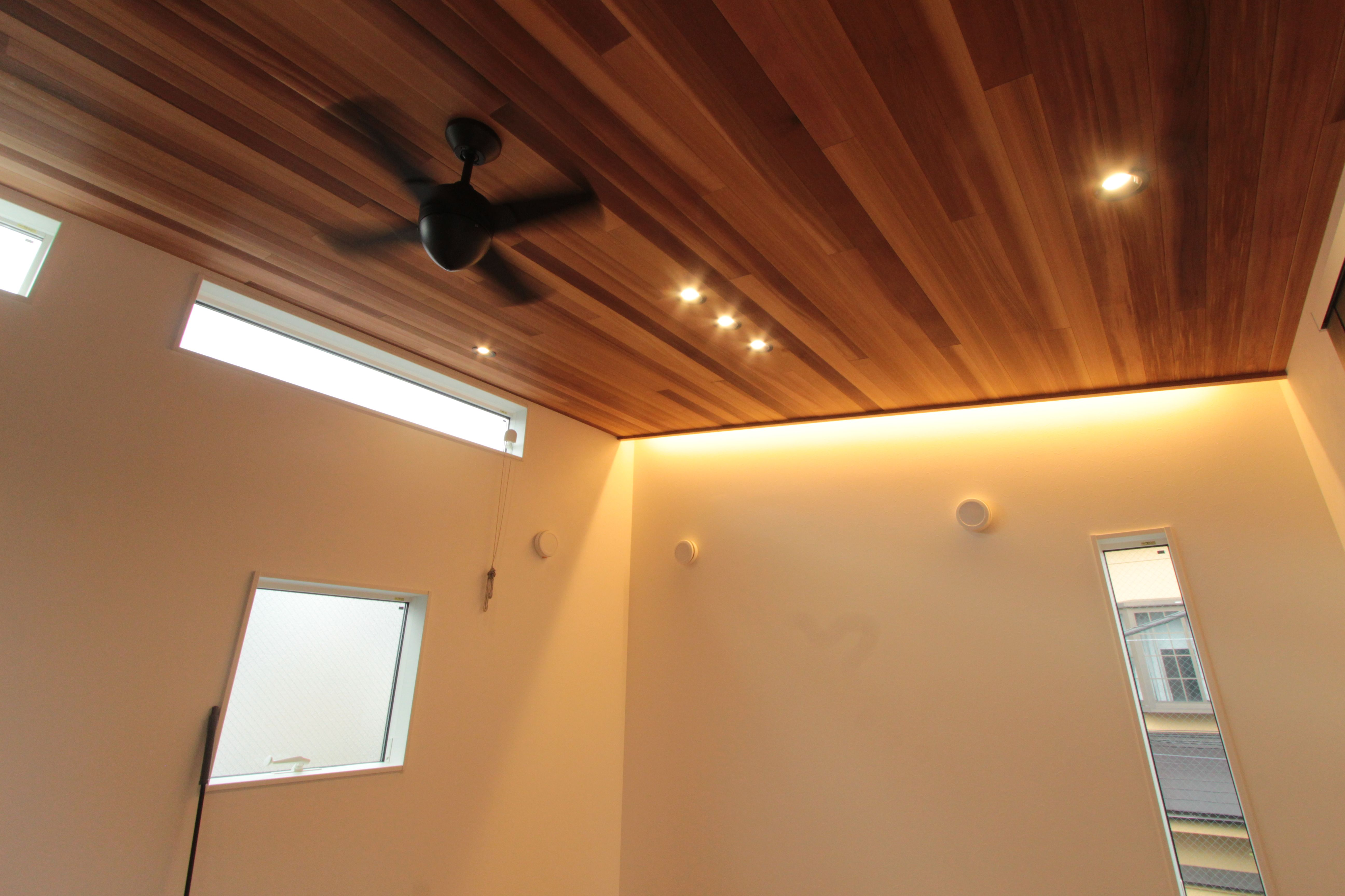 勾配天井 間接照明 間接照明 照明 天井