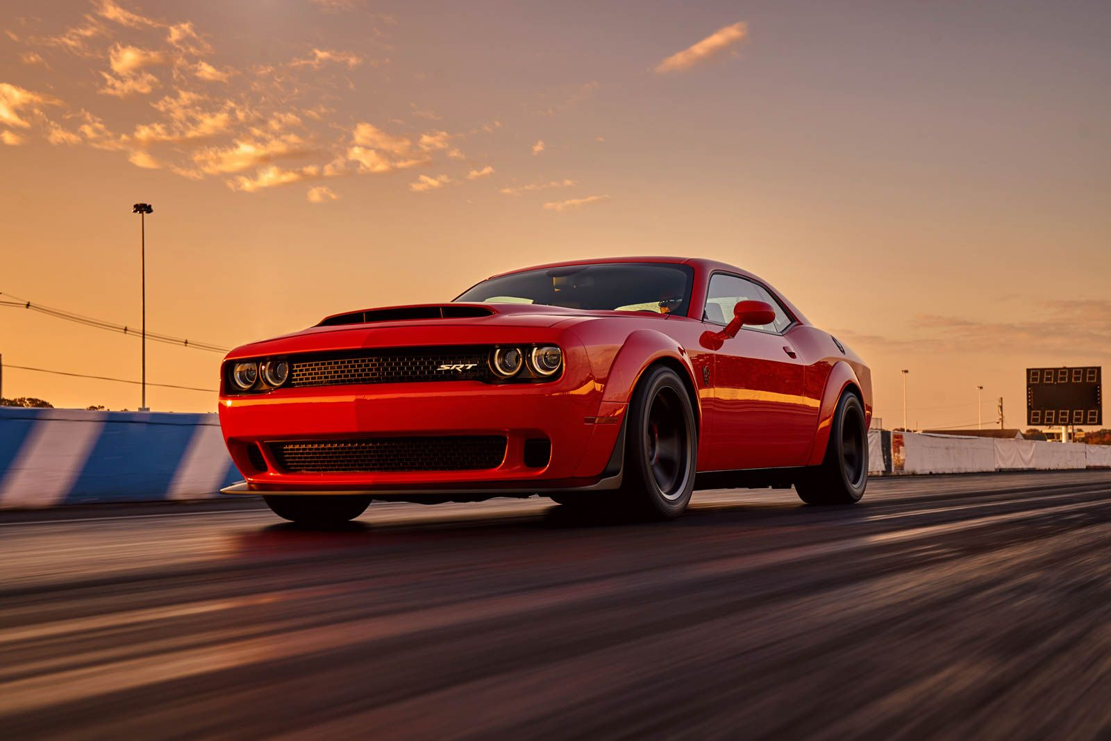 Yet the dodge challenger srt demon is certainly super powered by a new demon variant of the company s supercharged hemi