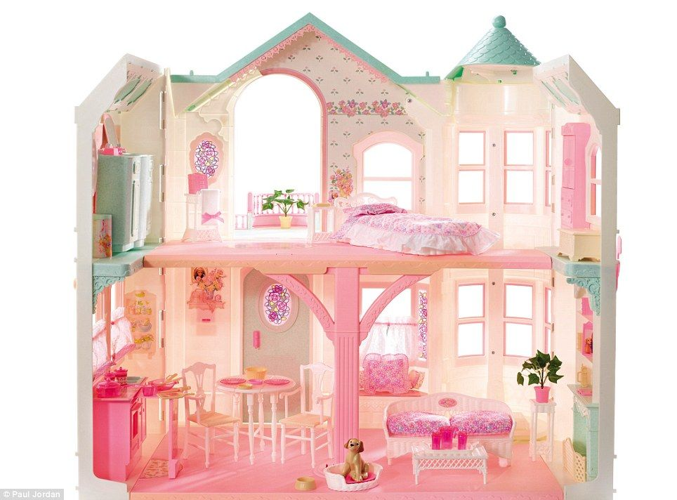 Upgrade After The 90s Brought Dreamhouse To A New Level With Magical Mansion That Featured Working Sound And Light Electronics