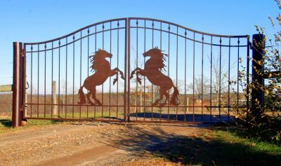 Pin By Mohammed Haddad On Gates With Images Iron Gates