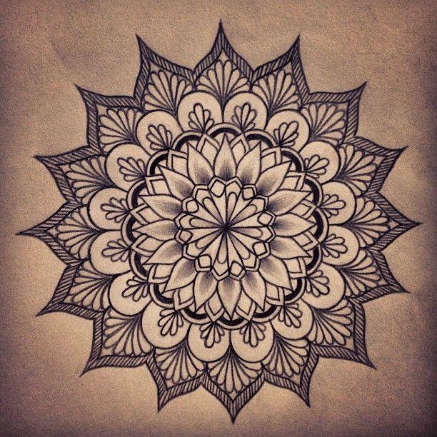 ee056cdb7 mandala tattoo on the nape of my neck | Tattoos | Mandala tattoo ...