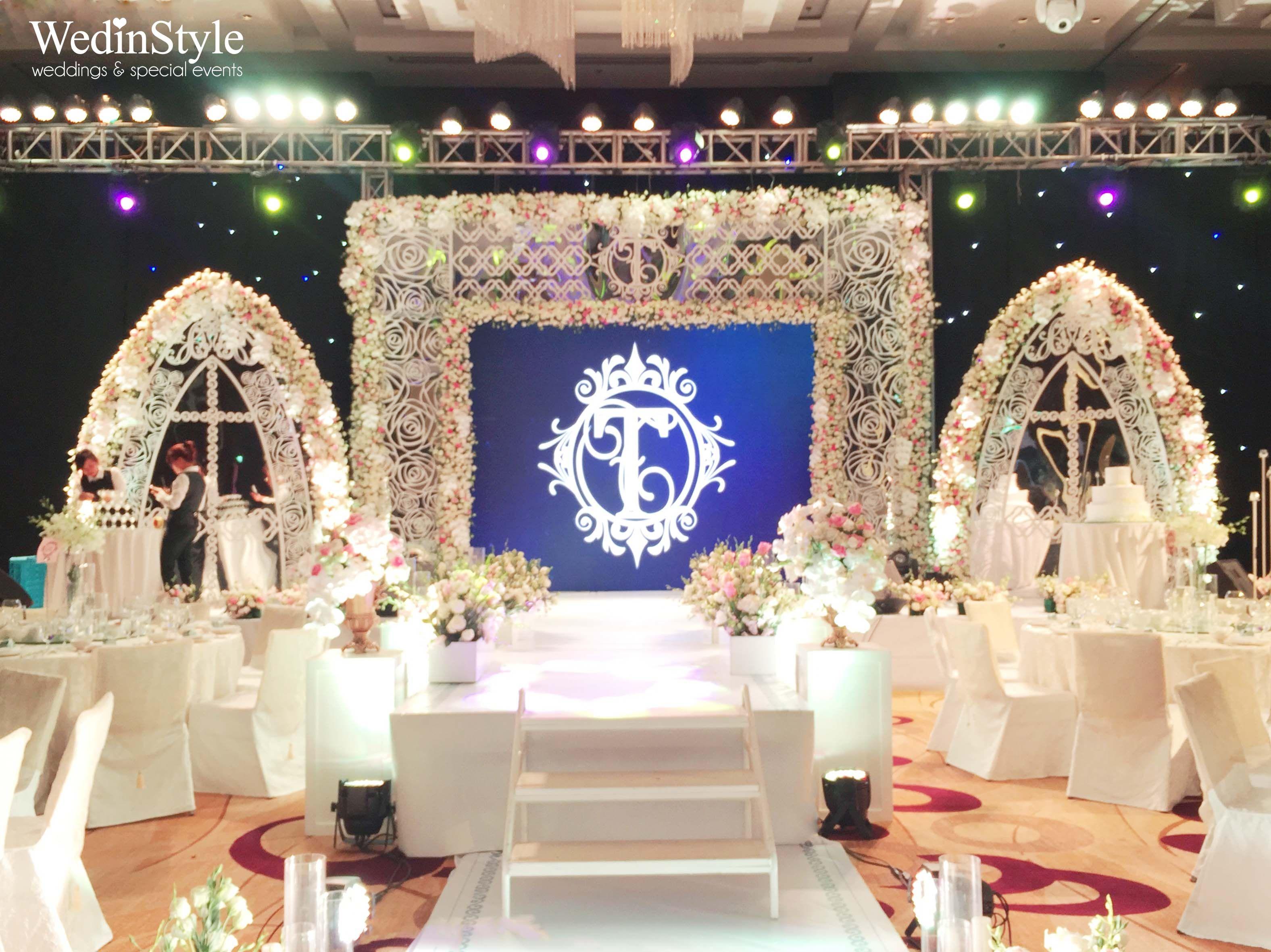 Wedding stage luxury wedding by wedinstyle the stylish wedding wedding stage luxury wedding by wedinstyle the stylish wedding planner of vietnam junglespirit Gallery