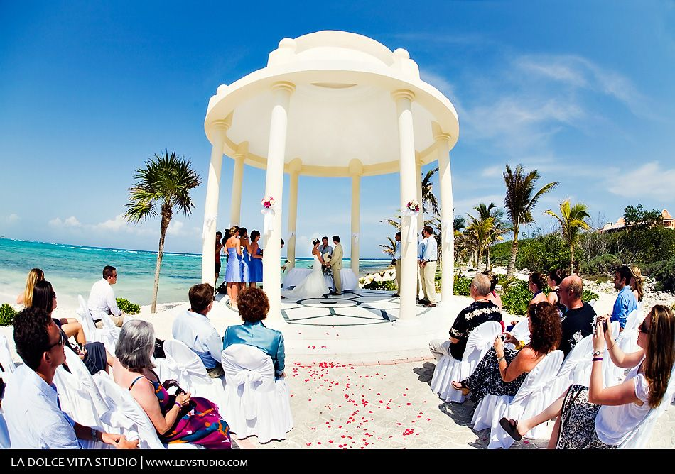 Riviera Maya Wedding In The Stunning Grand Palladium Gazebo Beautiful Venue For A Destination Mexico Photographers Del Sol Photog