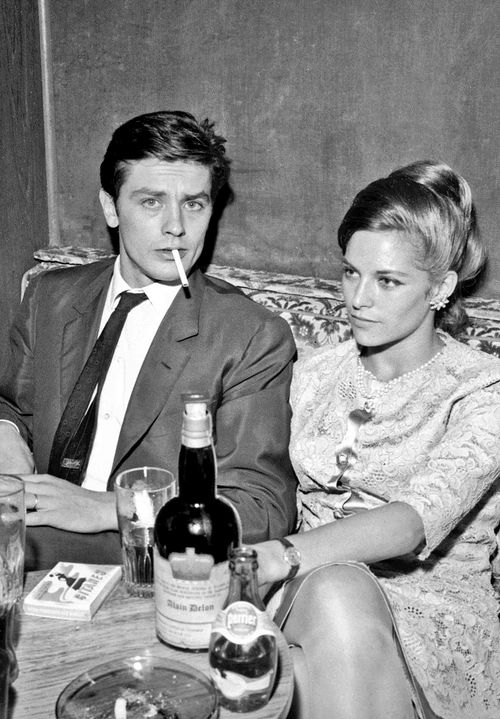 Alain And Nathalie Delon Alain Delon St Yves Famous Couples