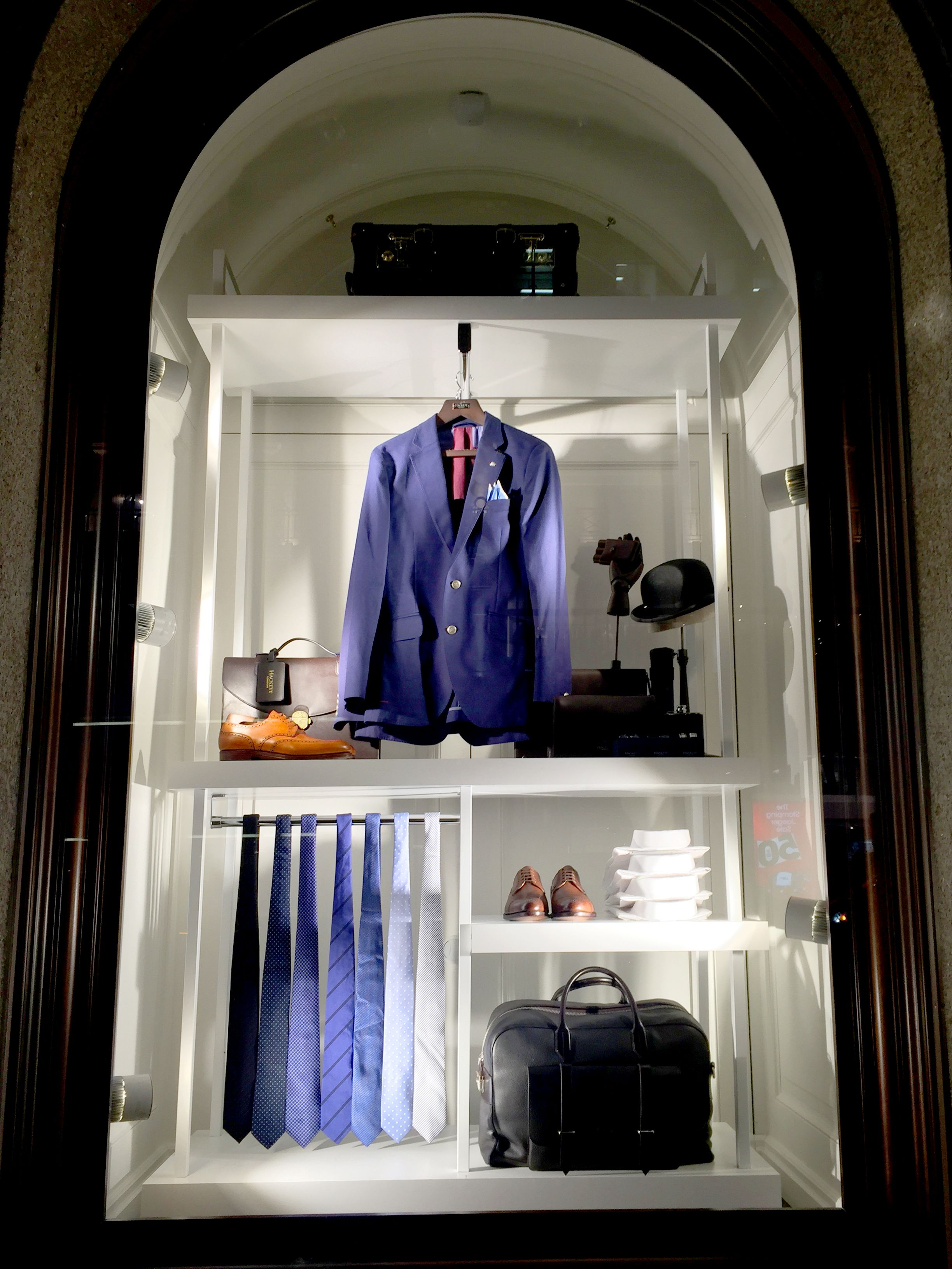 Hackett London The Essentials in collaboration with Harlequin