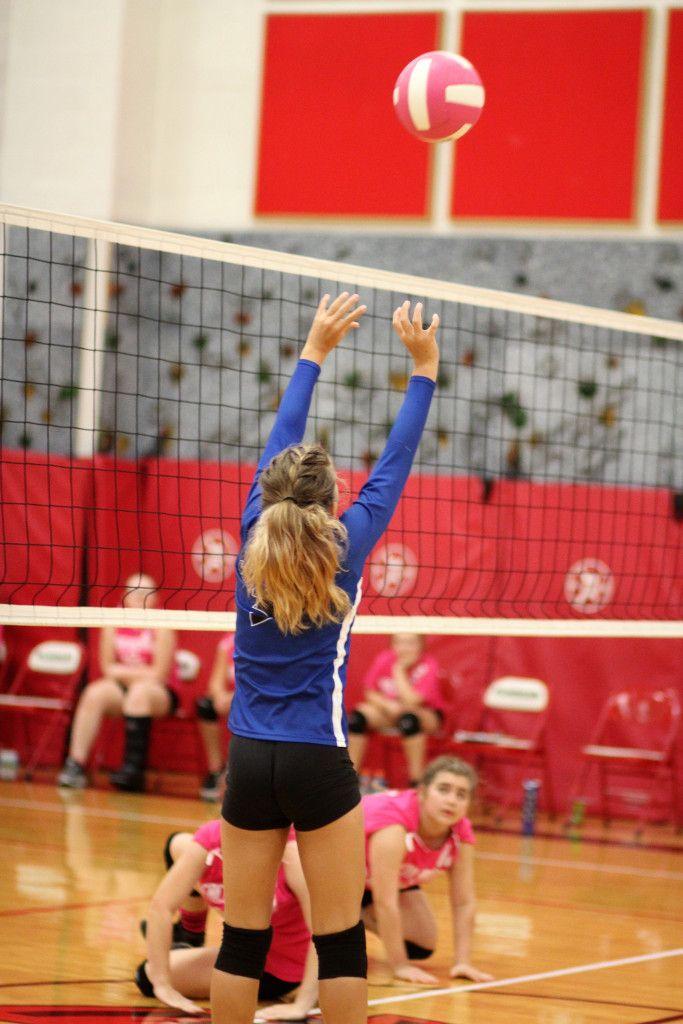 7th Grade Middle School Volleyball Vs Senn Thomas Midd Sch Win Jefferson Blue Jays Jefferson Hig High School Sports Jefferson High School School Sports