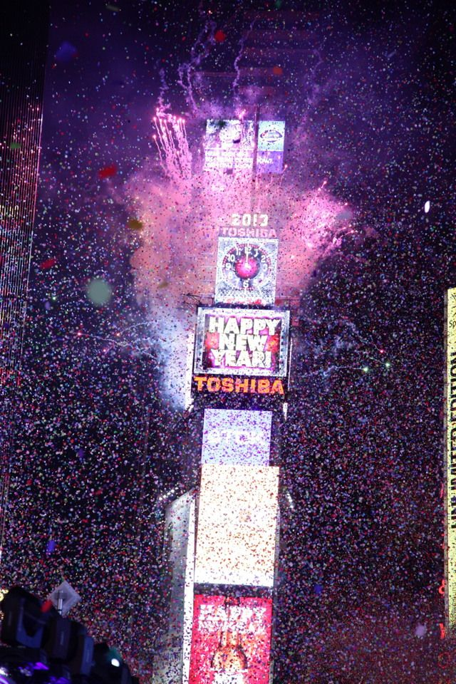 The Ball Drop 2013 New Year S Eve In Times Square New York